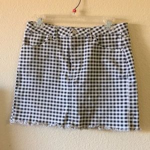 F21 black and white checkered skirt (size M)